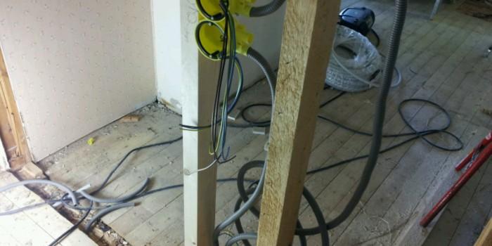 Rördragning och kabeldragning vid ombyggnation